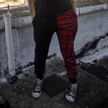 Calça Unissex de moletom xadrez punk